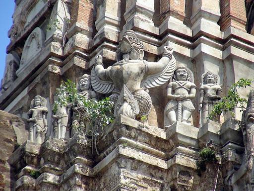 Храм Ват Ратчабурана, детали