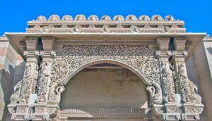 Акшардхам. Павлиньи ворота. Деталь