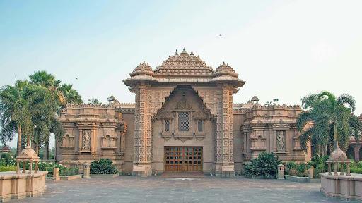 Храм Акшардхам. Ворота Преданности