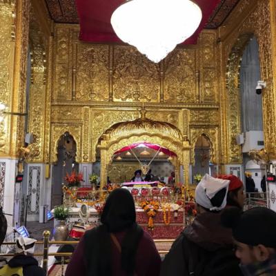 Храм Гурудвара Бангла Сахиб внутри